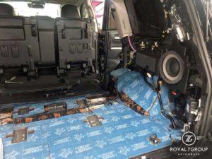 шумоизоляция багажника тойота лексус
